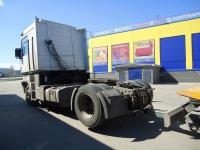 Эвакуация грузового авто фото